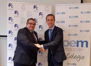 Acuerdo entre Fundación Tejerina y Fundación COEM sellado con un apretón de manos.